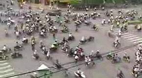 Движение в Индии.Жесть!!!.