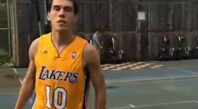 Зозуля даже в баскетбол головой играет