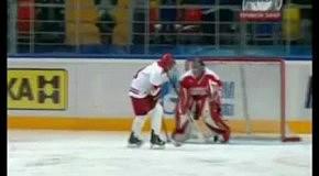 Путин после инаугурации сыграл в хоккей
