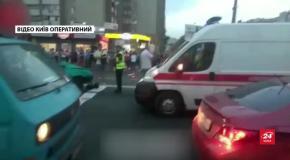 У Києві п'яний водій, втікаючи від патрульних, влаштував масштабну ДТП