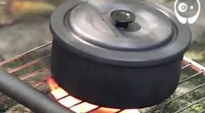 Походный лайфхак: как приготовить рис на банке тунца