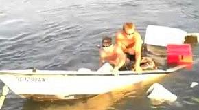 Дурачки потопили лодку