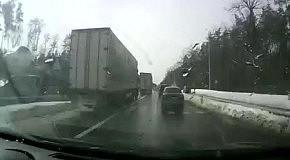 Пробка на въезде в Киев 26 марта 2013