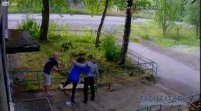 Русские пьяницы сломали собутыльнице ногу - по её просьбе