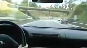 Водитель случайно устроил дрифт шоу