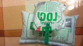 Крымчанам в молочных пакетах продают воду