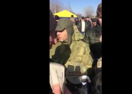 Граждане Конотопа прогнали депутатов Рады изгорода