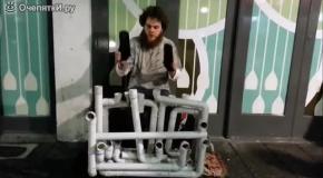 Ритмичная игра на водопроводных трубах