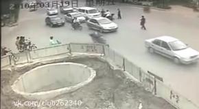 5 аварий на мопеде за одну минуту