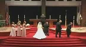 Проишествие на свадьбе!!!