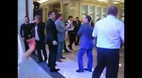 Медведев танцует под песню ультрас харьковского Металлиста