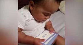 Ребенок учится читать в неполных 2 года
