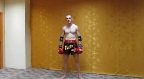 Локти-сабли - комбинация из Муай Тай (тайский бокс)-Elbows of sabre are combination from Muay Thai