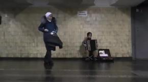 Дух «Игры престолов» в киевском метро