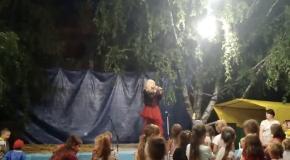 Пародист Дима Черников (Ирина Билык) Концерт на Ивана Купала в пгт Врадиевка (Николаевская обл)