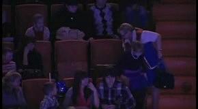 Нетрезвая зрительница упала в цирке с 8 ряда