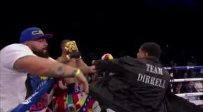 Дядя и секундант Андре Диррелла избил венесуэльского боксера на ринге
