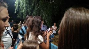 Фан встреча- Фотосессия с поклонниками и фанатами после шоу- Пародист Дима Черников