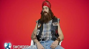 Ashton Kutcher в рекламе чипсов