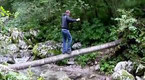 Как не стоит переходить реку