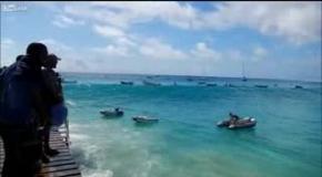 Опасность для лодок в океане