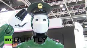Первый робот-полицейский вышел на службу в Дубае