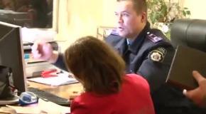 Бандити під прикриттям міліції вчинили замах на Андрія Іллєнка та Сидора Кізіна