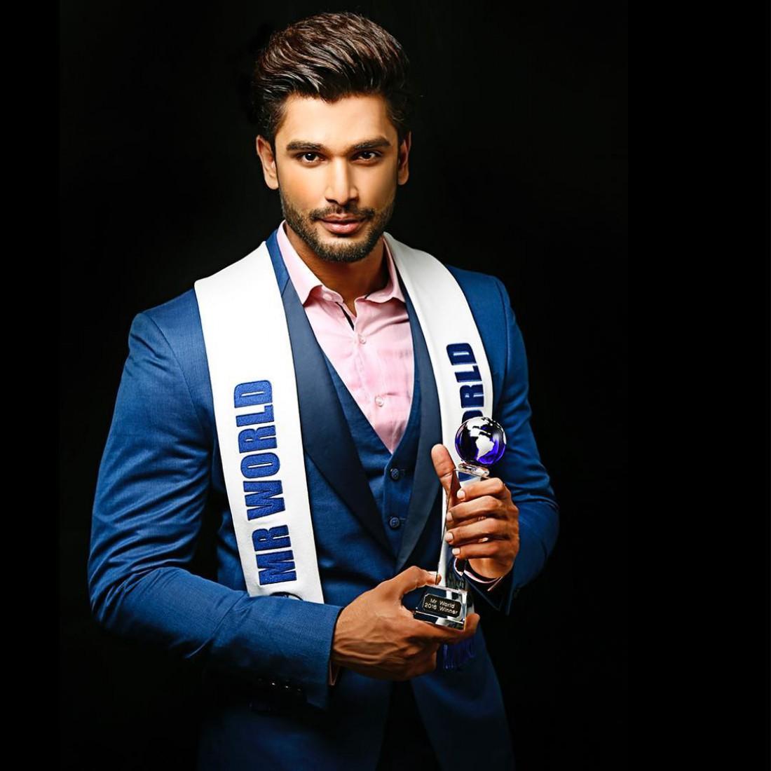 Самый сексуальный мужчина индии 2011