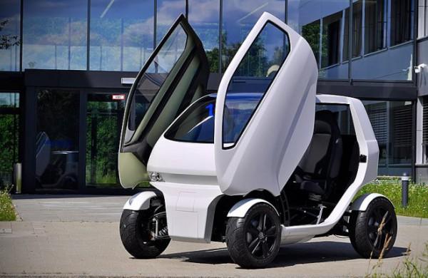 Новый электромобиль способен ездить боком
