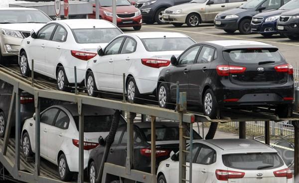 Белорусам разрешили ввозить машины из-за пределов ЕАЭС без свидетельства о безопасности
