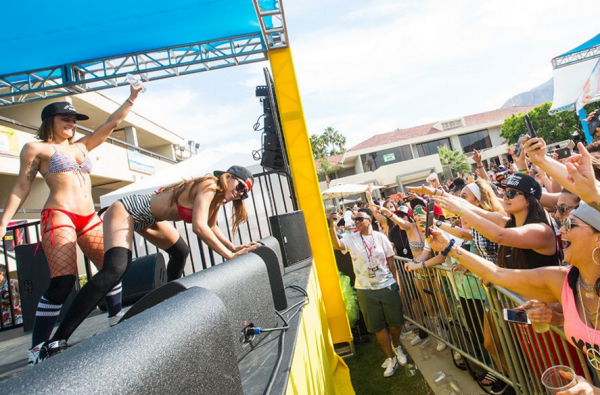 Dinah Shore Party — один из самых крупных и крутых лесбийских фестивалей