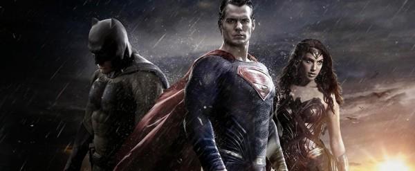 Бэтмен против Супермена: вышел официальный трейлер
