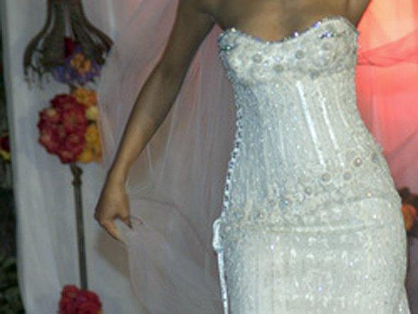 Самые дорогие свадебные платья в мире фото.