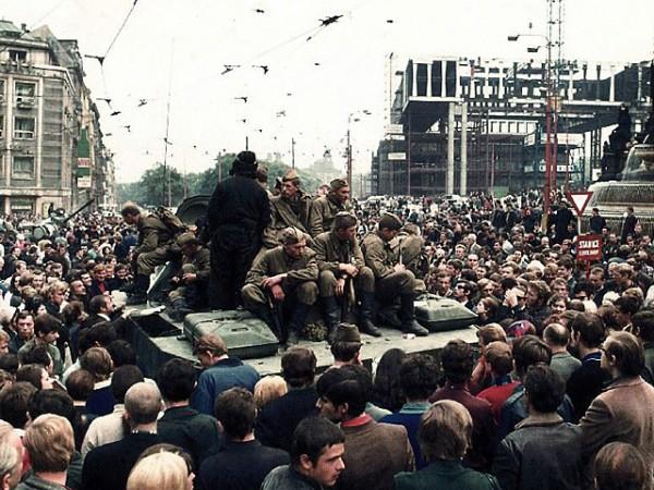 Советские войска в Чехословакии в 1968 году