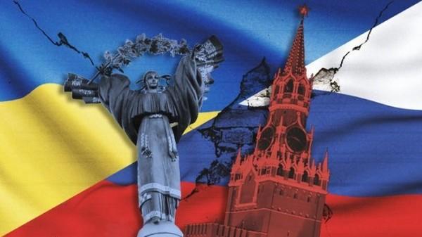 """Дві агресії і ще одна. Як Москва """"гібридно"""" воювала з Україною"""