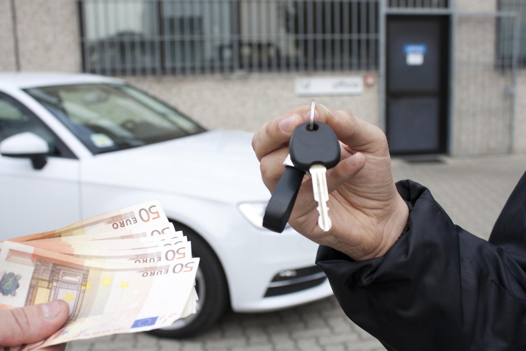 Оформление документов при покупке подержанного автомобиля
