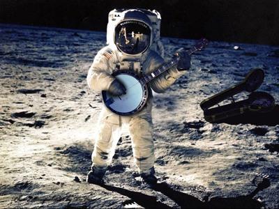 В космосе есть гравитация