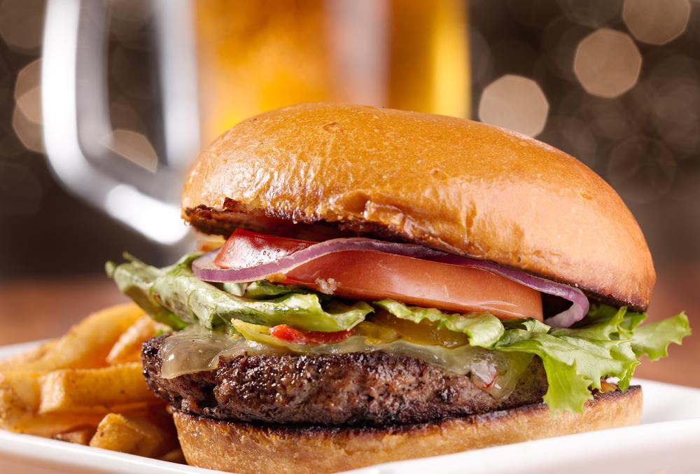 первый гамбургер 1990 года