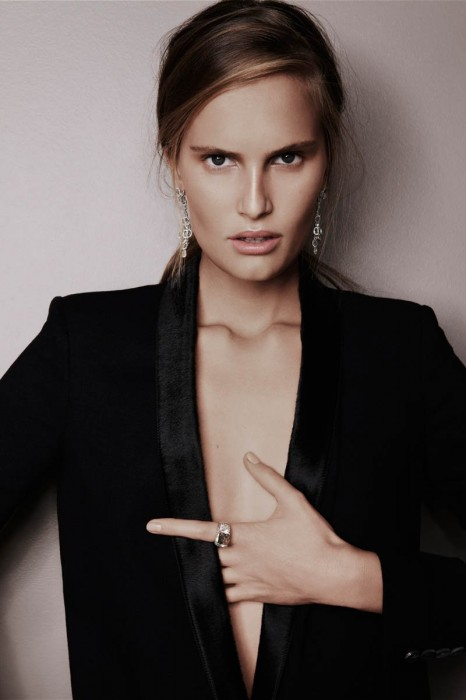 В 21 Алла Костромичева переехала в Париж для сотрудничества с Givenchy
