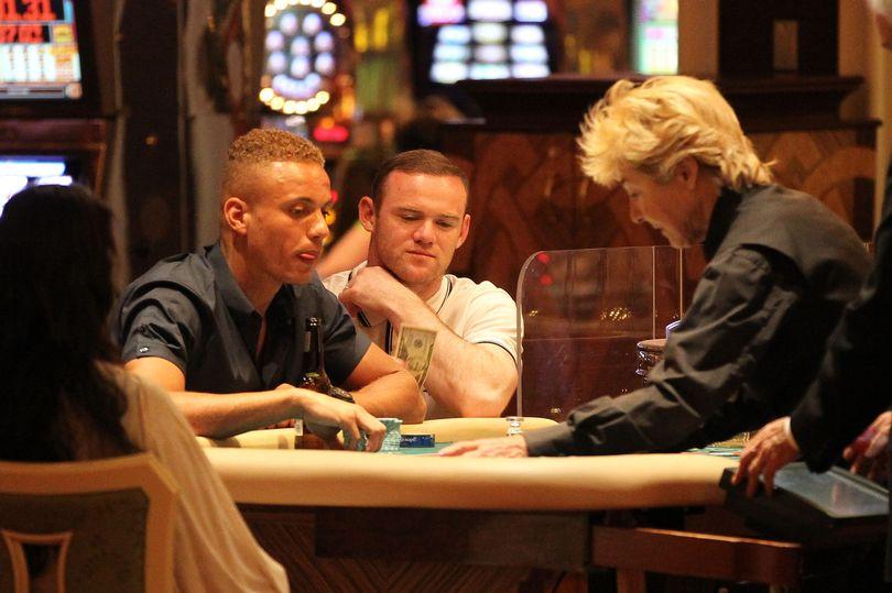 Руни в отсутствие жены просадил в казино почти 600 тысяч евро