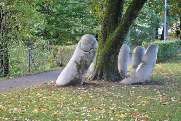 sculptures around the world
