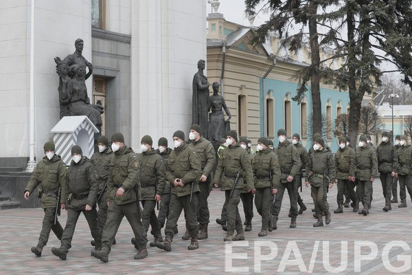 В Украине ужесточают карантинные меры