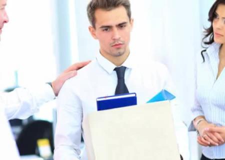 Человек, которому приснилось негативное событие, часто расстраивается по этому поводу.